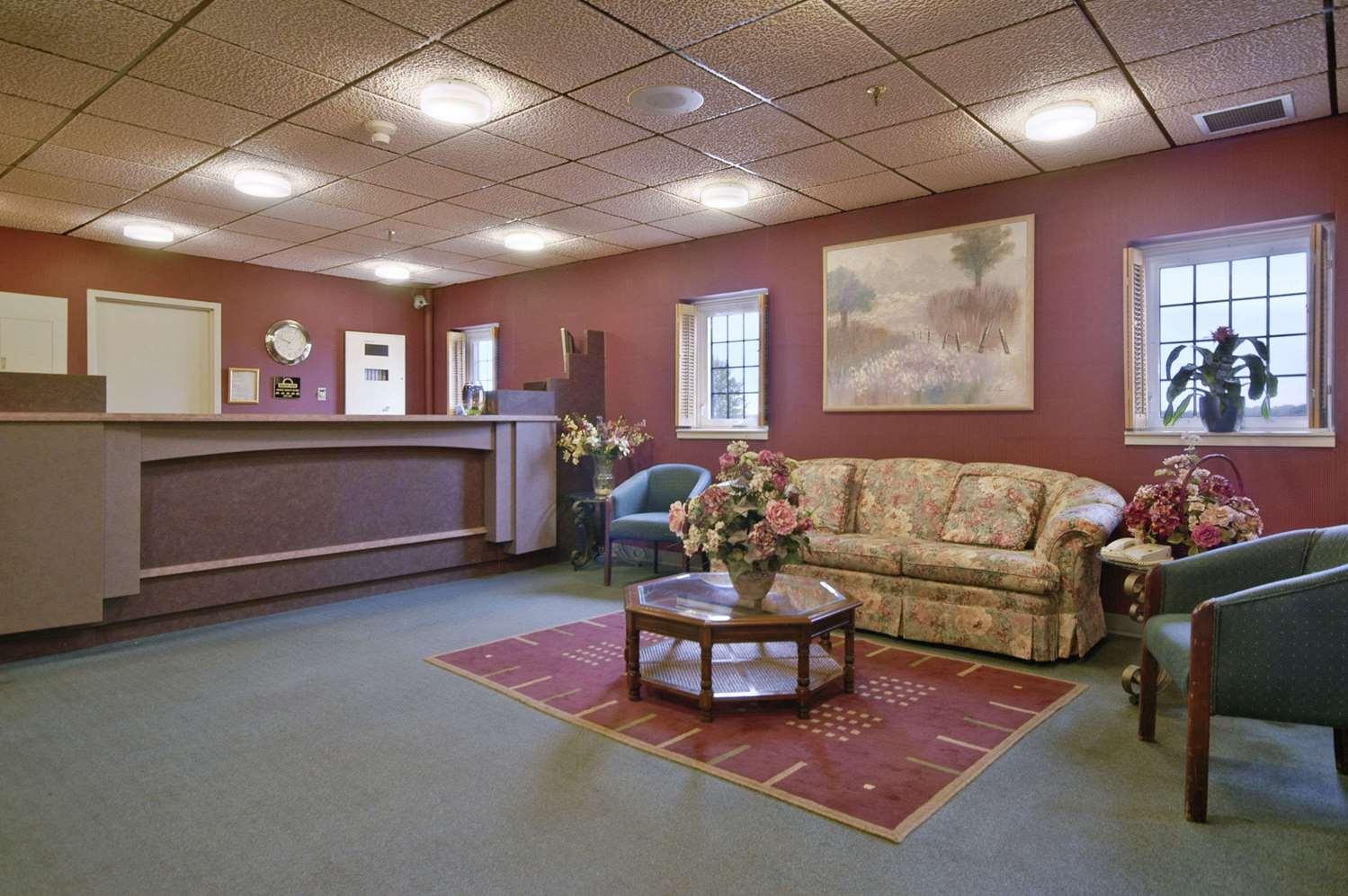 Lobby - Days Inn Portage la Prairie