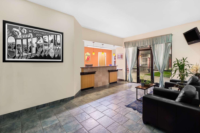 Lobby - Super 8 Hotel Willits