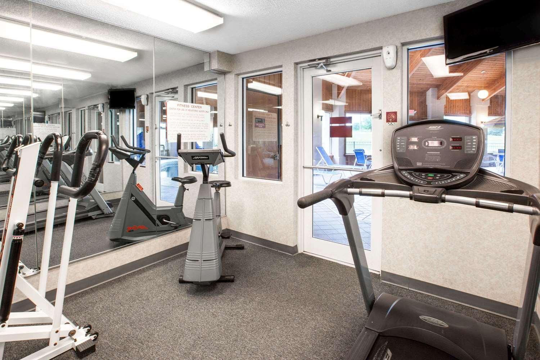 Fitness/ Exercise Room - Baymont Inn & Suites Howell