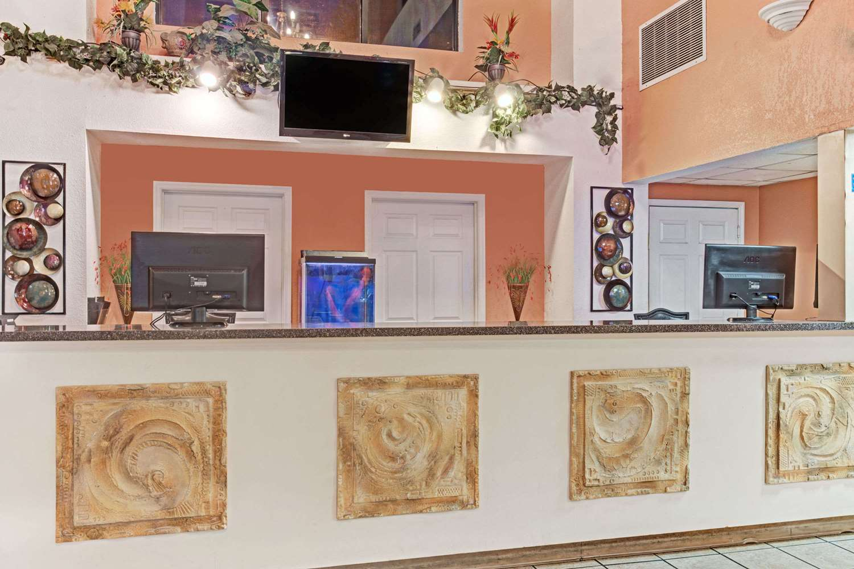 Lobby - Howard Johnson Inn Tropical Palms Kissimmee