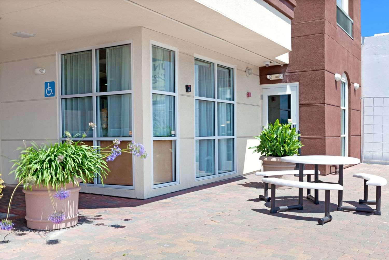 Exterior view - Ramada Limited Hotel SFO Airport South San Francisco