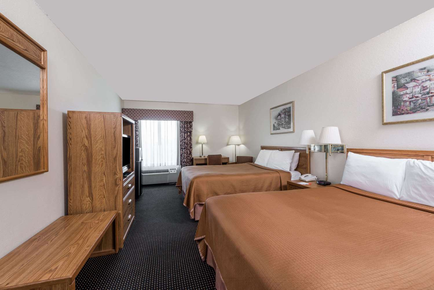 Room - Howard Johnson Express Inn Iowa