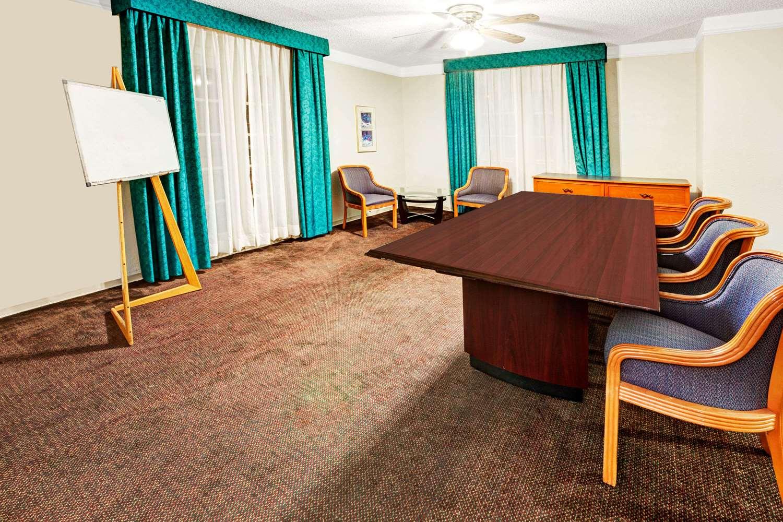 Meeting Facilities - Travelodge Northwest Richland Hills