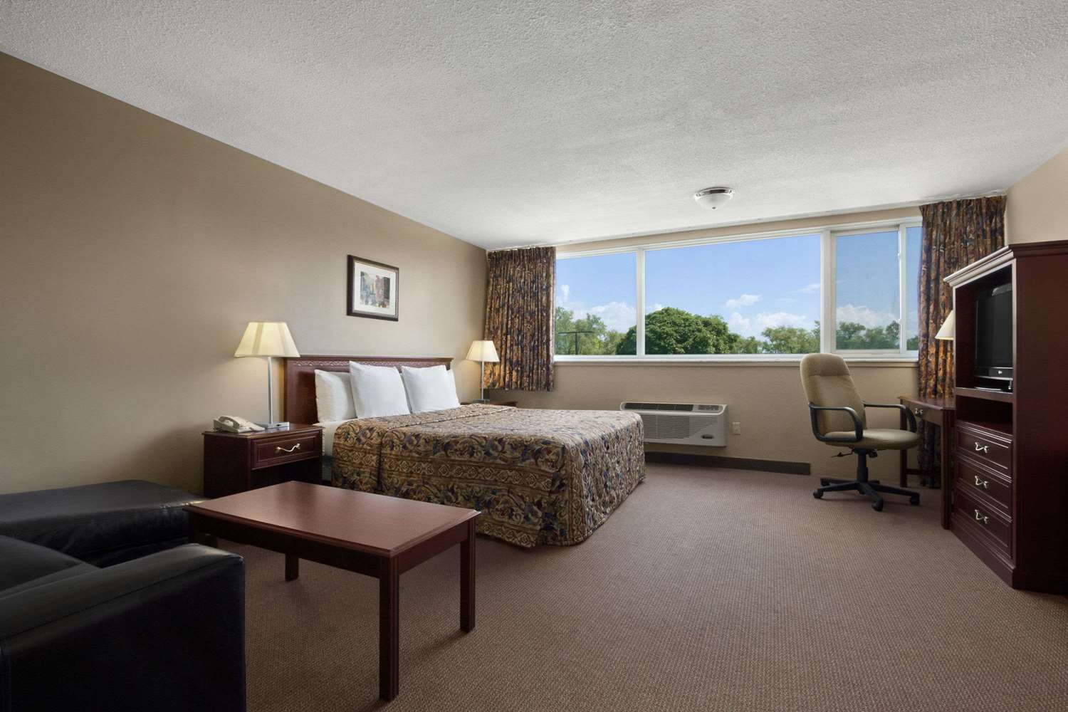 Room - Travelodge Richmond Hill