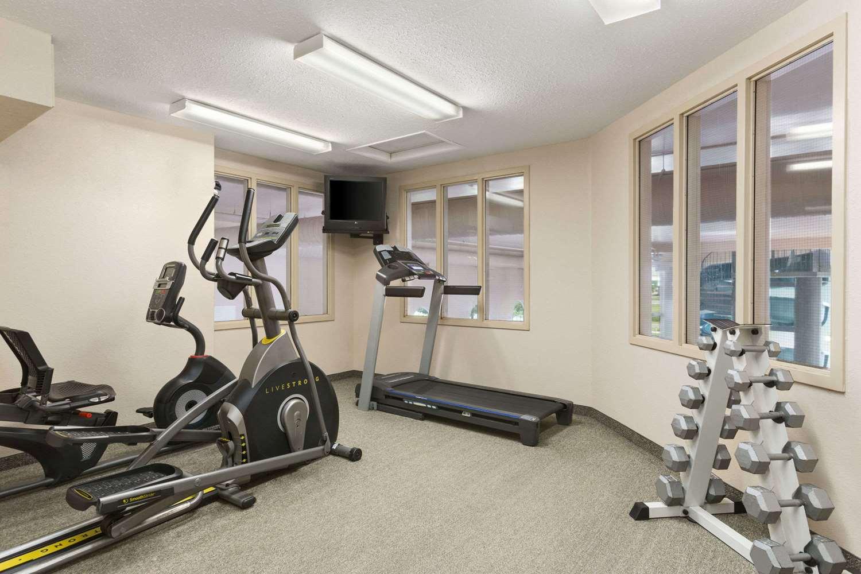 Fitness/ Exercise Room - Days Inn Suites Winkler