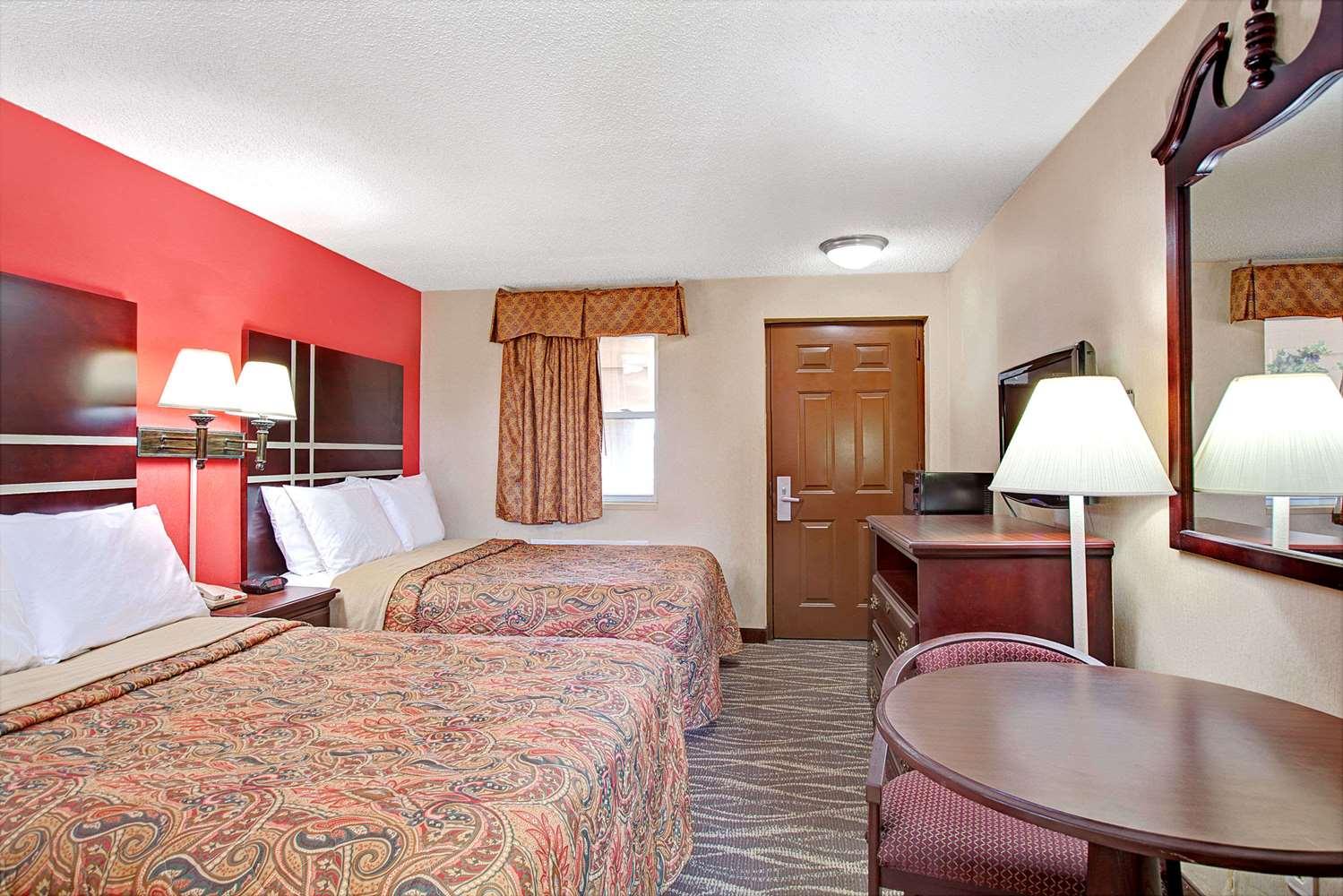 Room - Days Inn Ridgefield