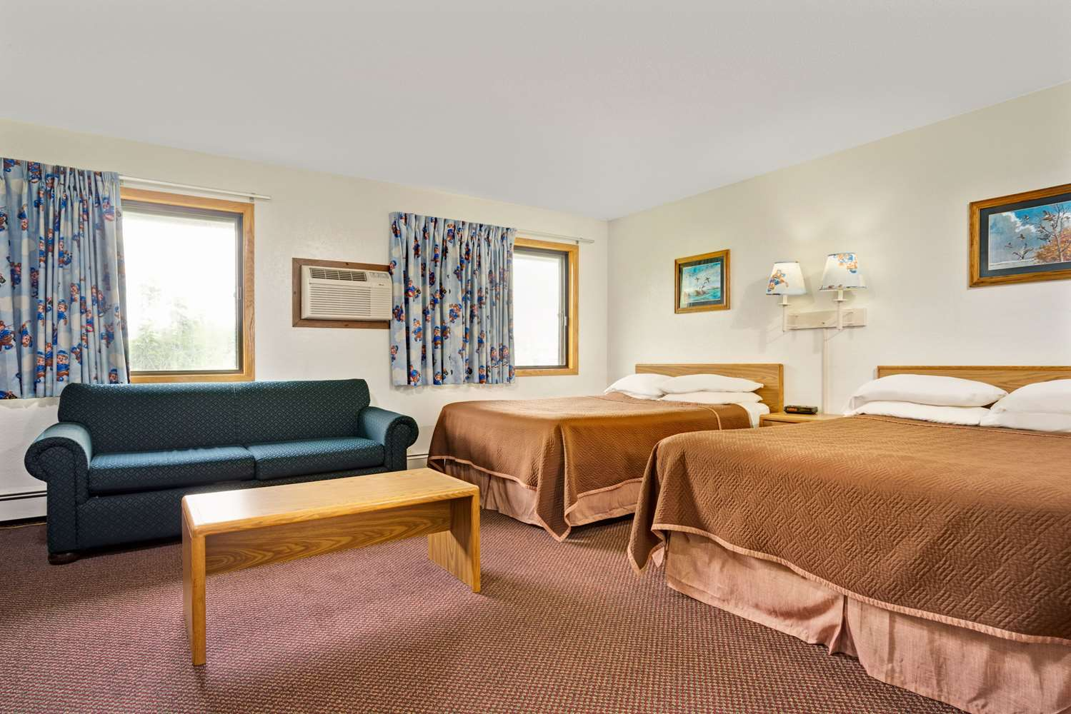 Suite - Travelodge Shakopee