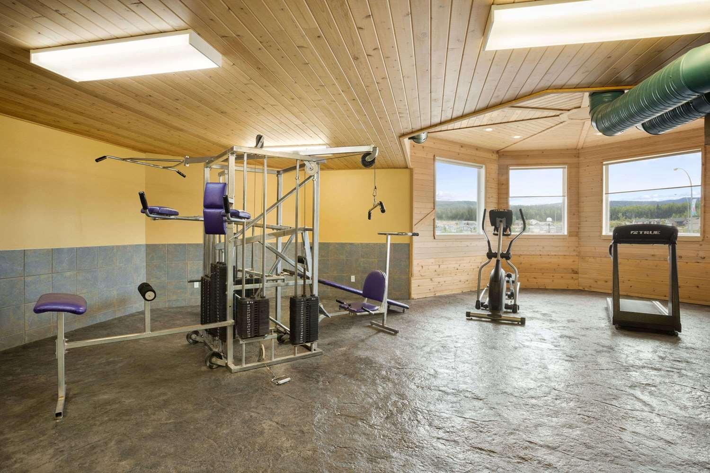 Fitness/ Exercise Room - Days Inn Hinton