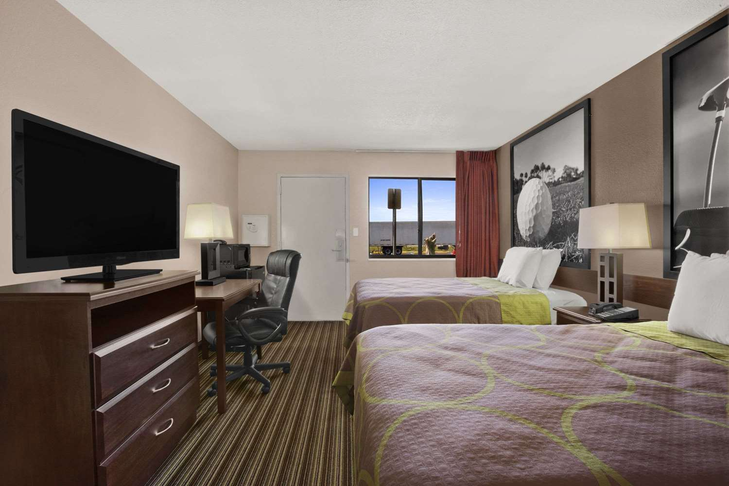 Room - Super 8 Hotel Fort Myers