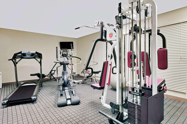 Fitness/ Exercise Room - Days Inn North Spartanburg