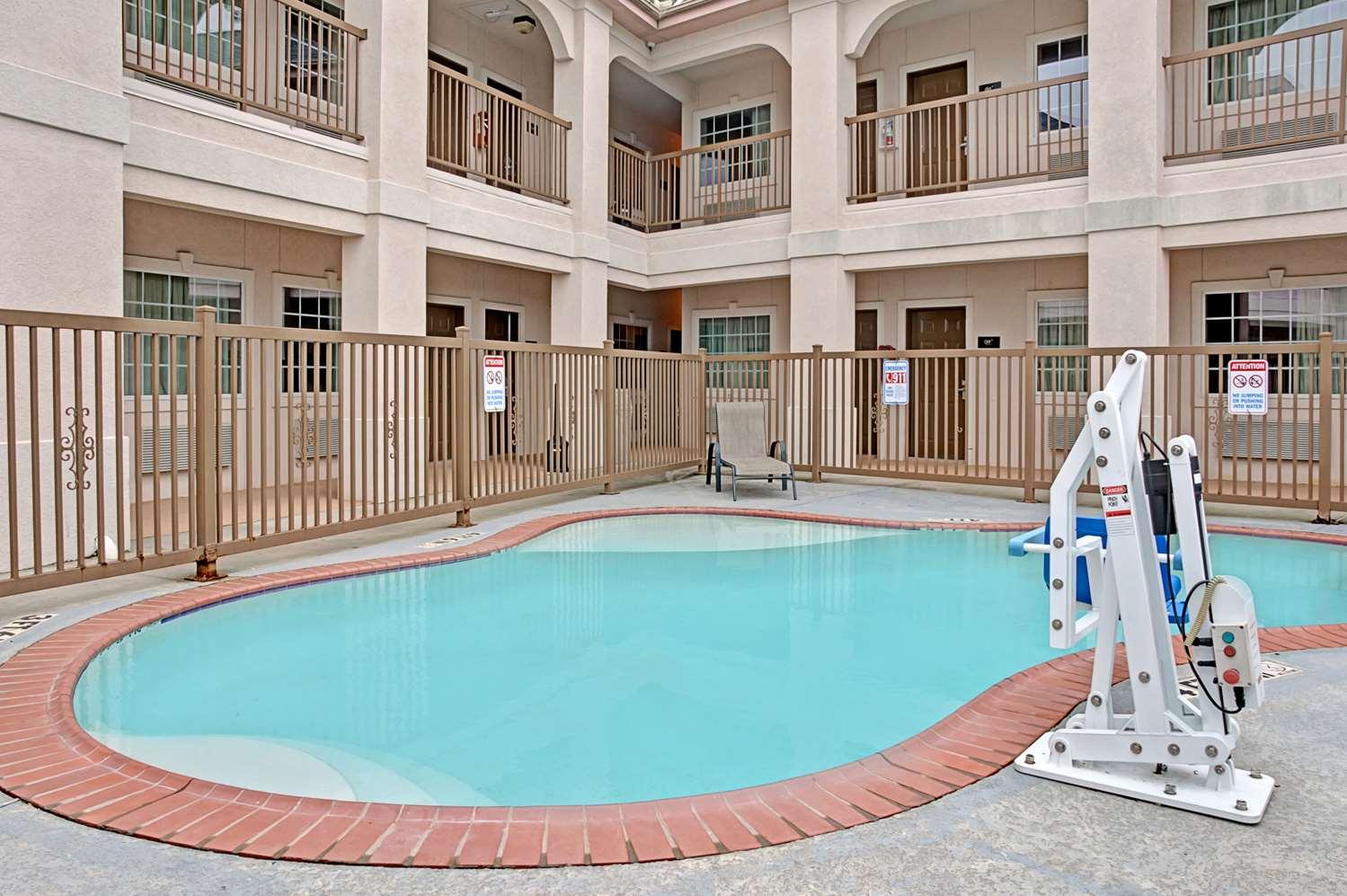 Pool - Super 8 Hotel Montgomery