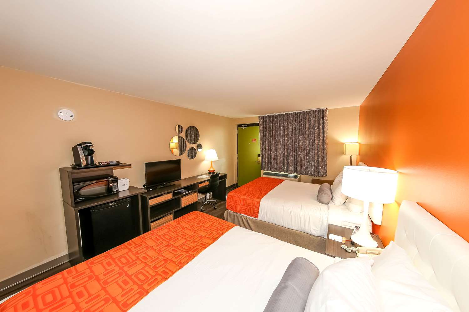 Room - Howard Johnson Express Inn Winnipeg