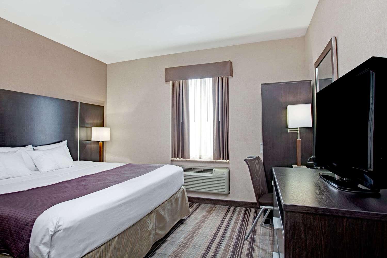 Room - Days Inn Queens JFK Airport Jamaica