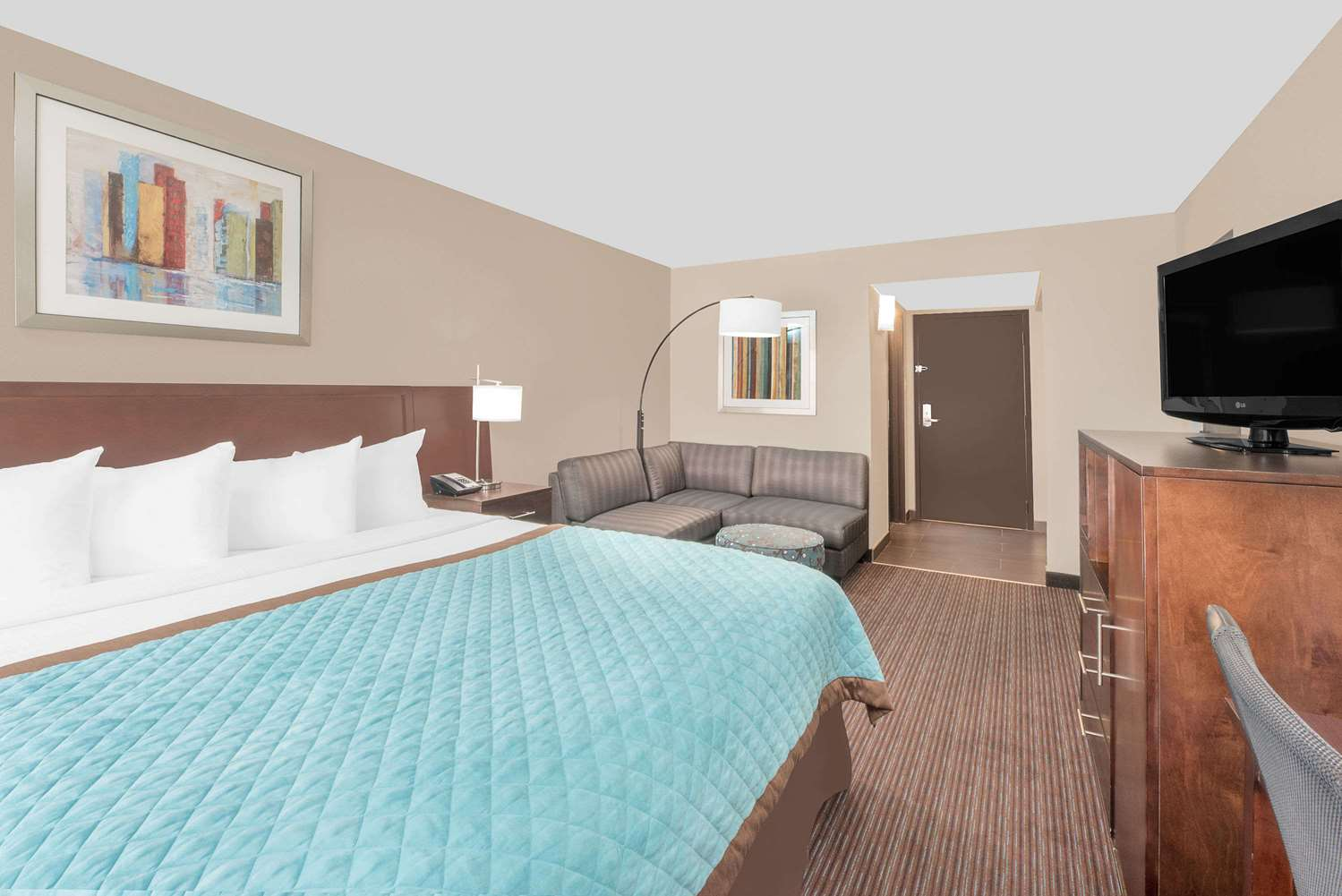 Suite - Wyndham Garden Hotel Midland