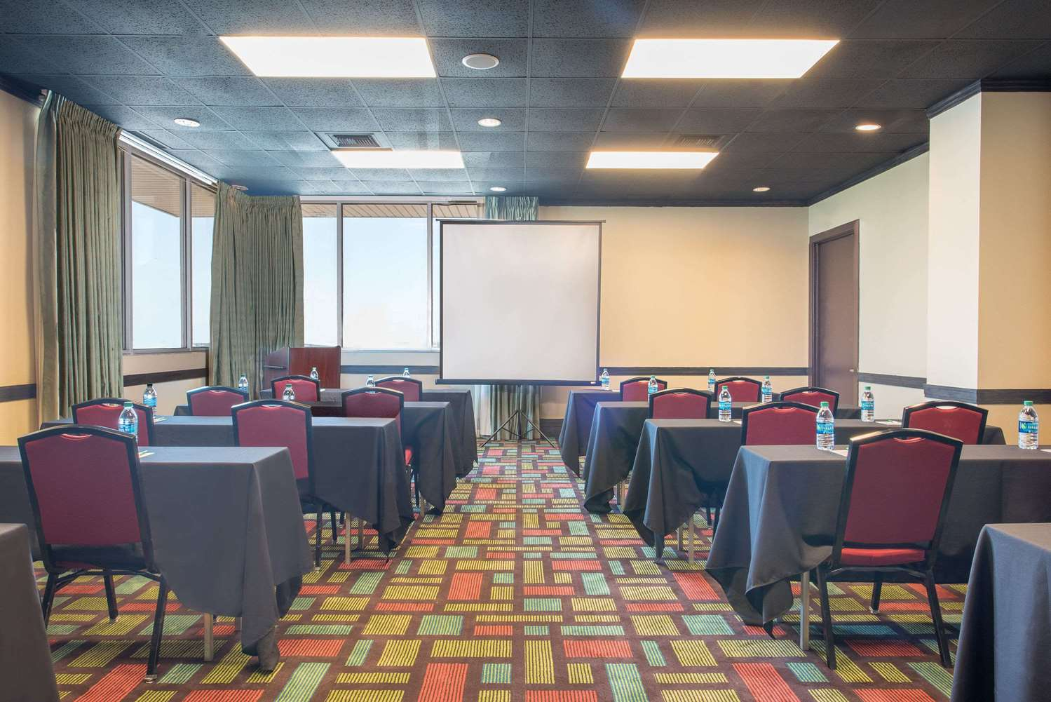 Meeting Facilities - Wyndham Garden Hotel Midland