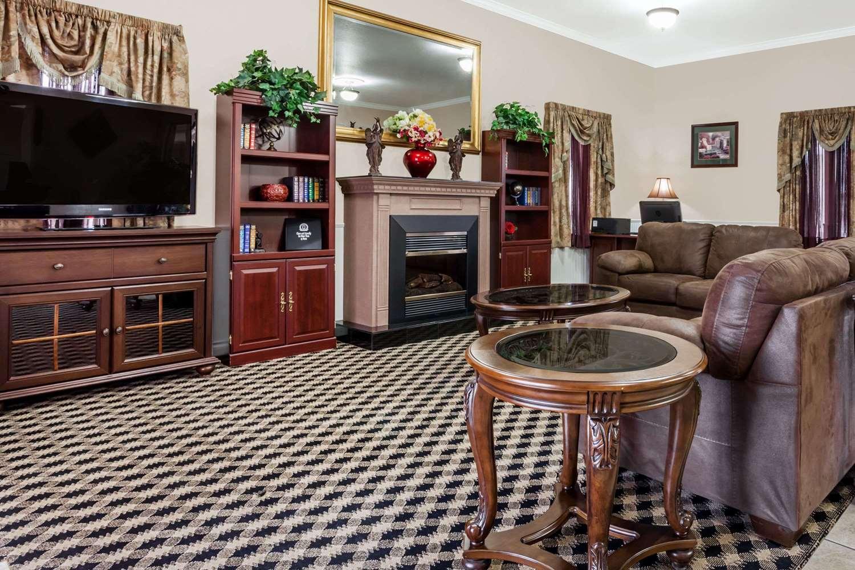 Lobby - Super 8 Hotel Wenatchee