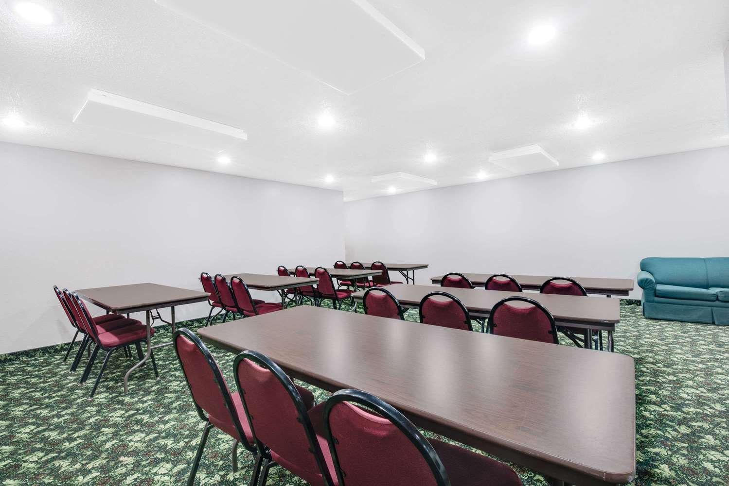 Meeting Facilities - Super 8 Hotel Sisseton