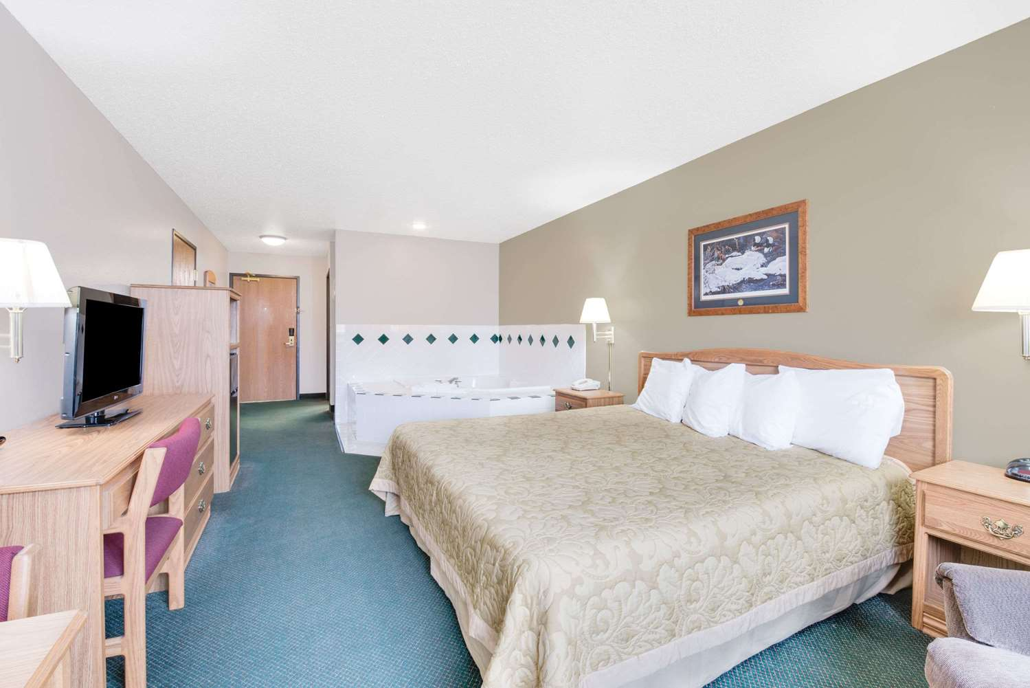 Room - Super 8 Hotel Sisseton