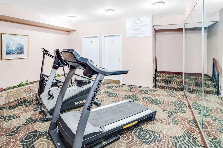Fitness/ Exercise Room - Days Inn Greenville