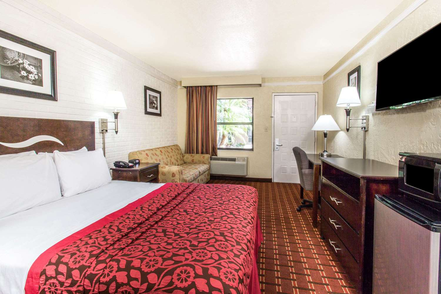 Room - Days Inn Altamonte Springs