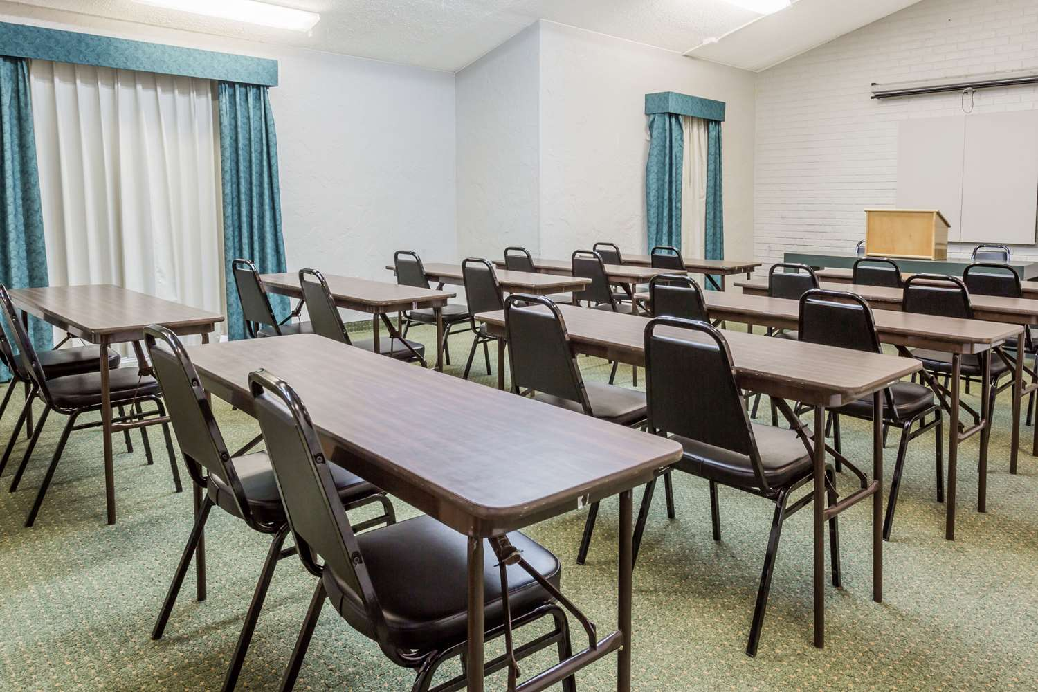 Meeting Facilities - Days Inn Altamonte Springs