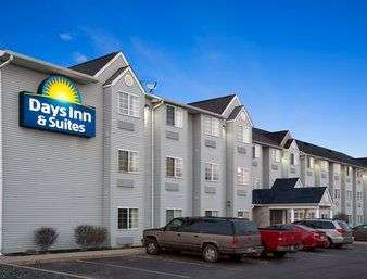 Exterior view - Days Inn & Suites Lafayette