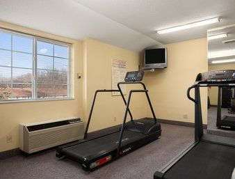 Fitness/ Exercise Room - Days Inn & Suites Lafayette