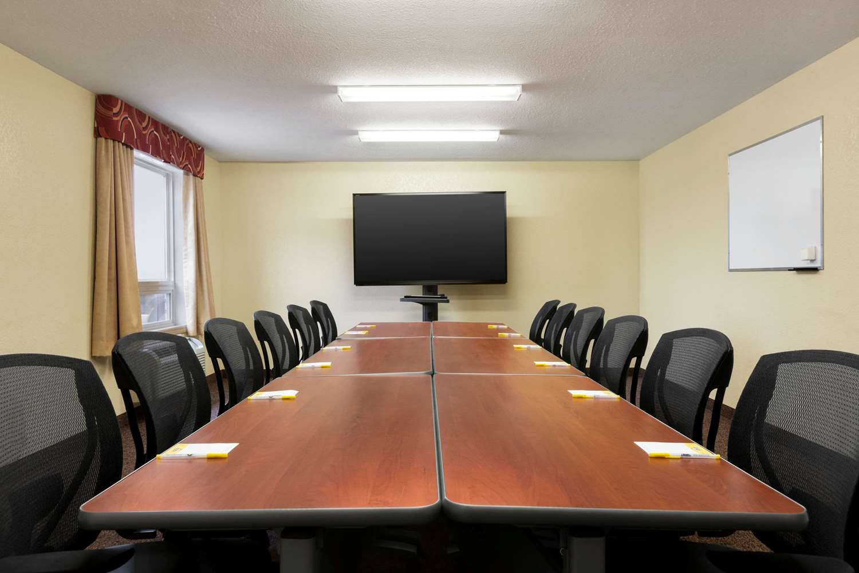 Meeting Facilities - Days Inn Thompson