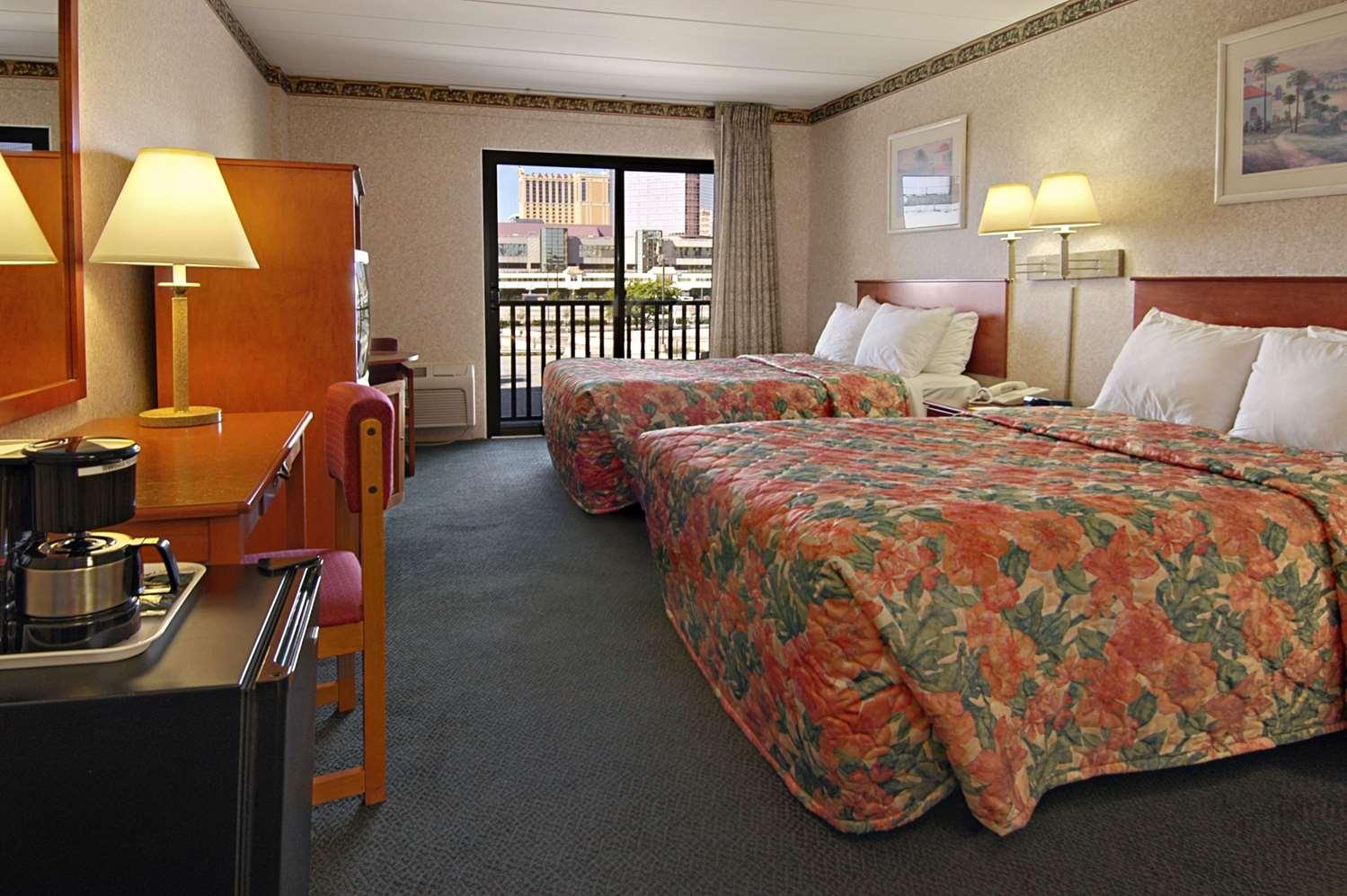 Room - Days Inn Atlantic City
