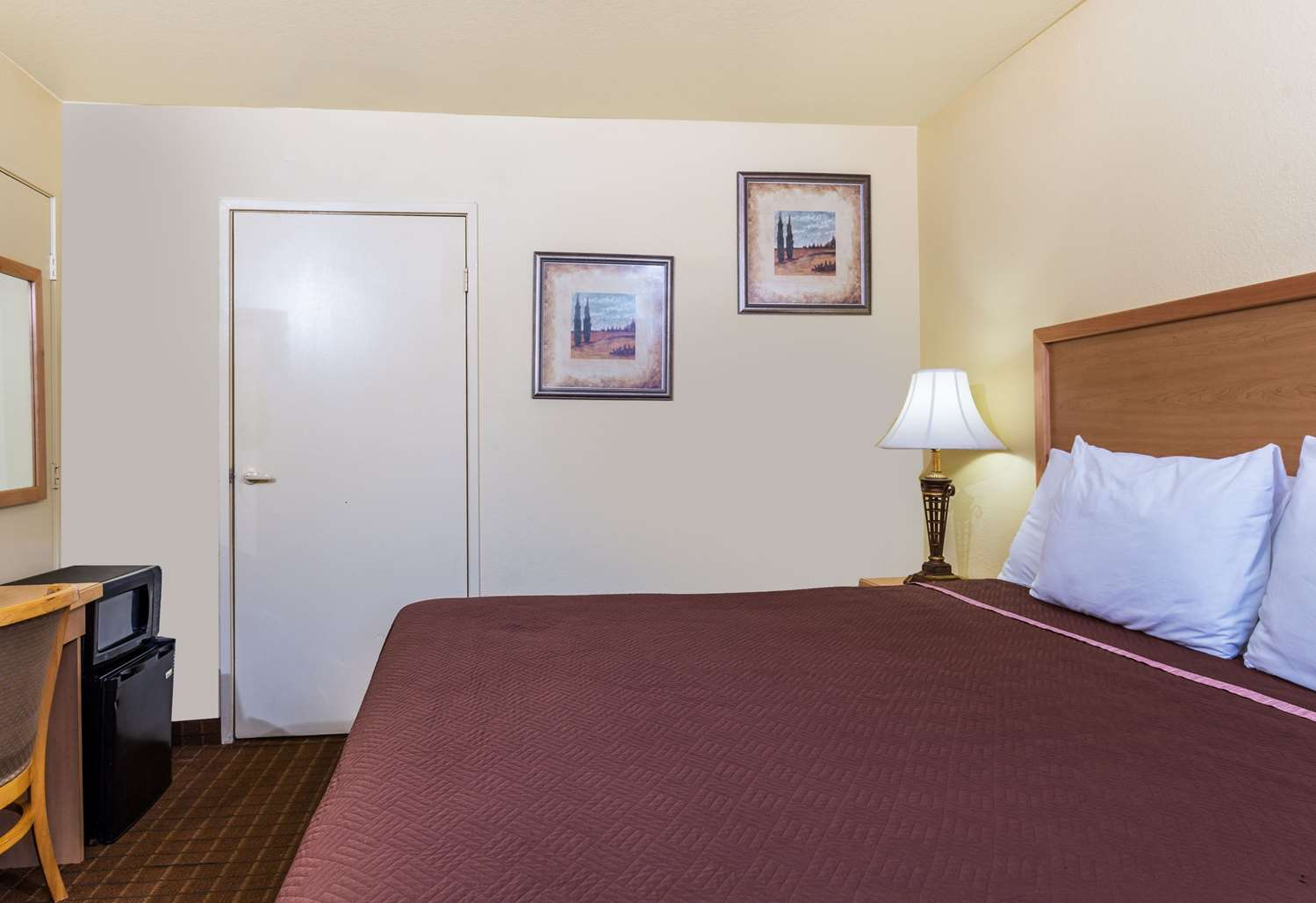 Room - Travelodge Riviera Beach