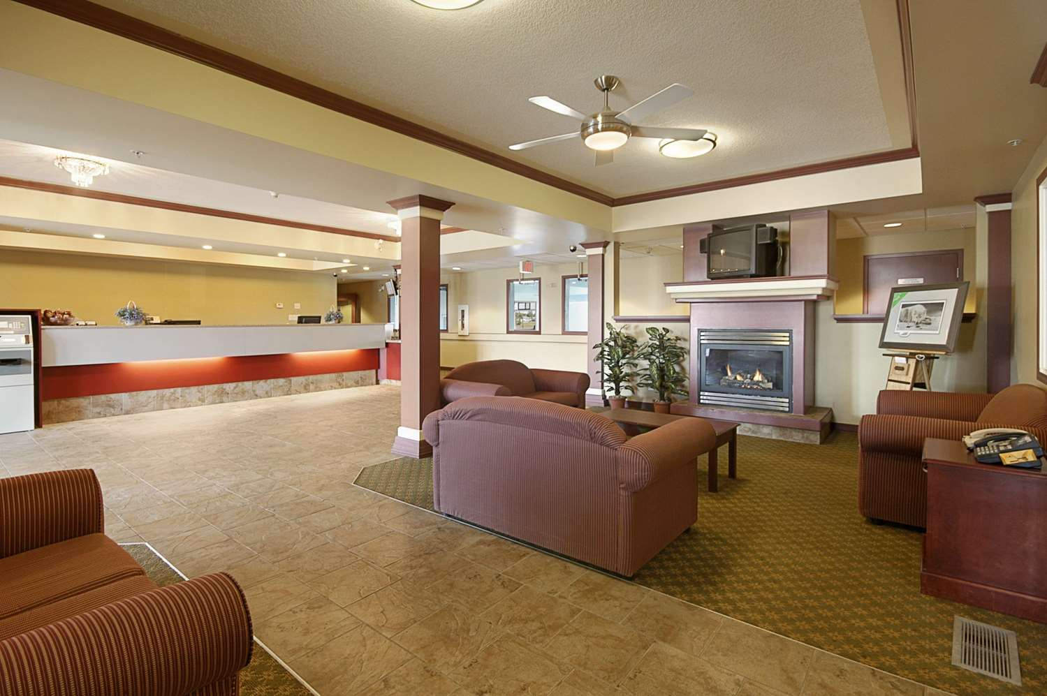 Lobby - Super 8 Hotel Fort Saskatchewan