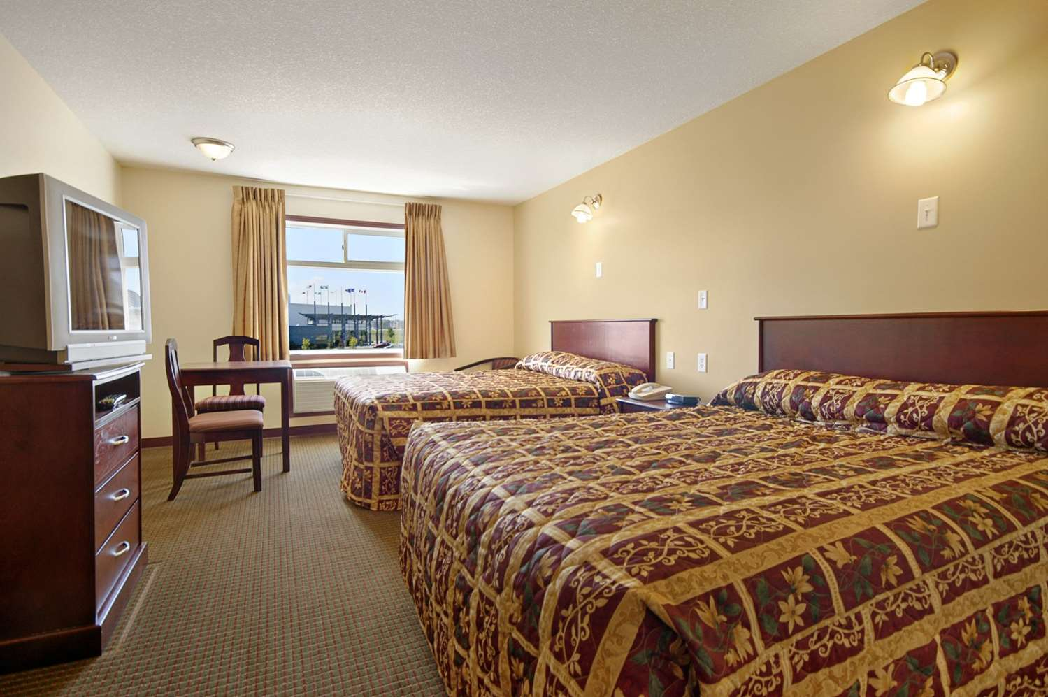 Room - Super 8 Hotel Fort Saskatchewan