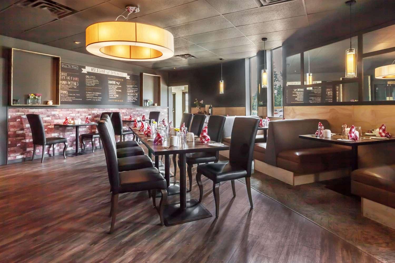 Restaurant - Ramada Inn Coquitlam