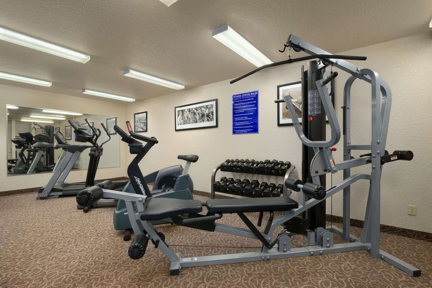 Fitness/ Exercise Room - Days Inn Red Deer