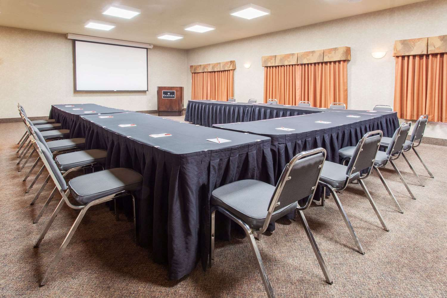 Meeting Facilities - Ramada Inn Camrose