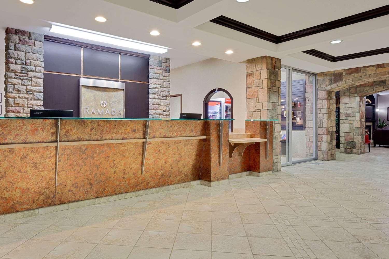 Lobby - Ramada Inn Stettler