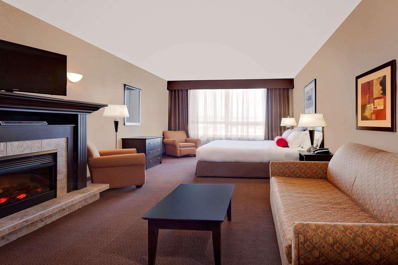 Suite - Ramada Inn Stettler