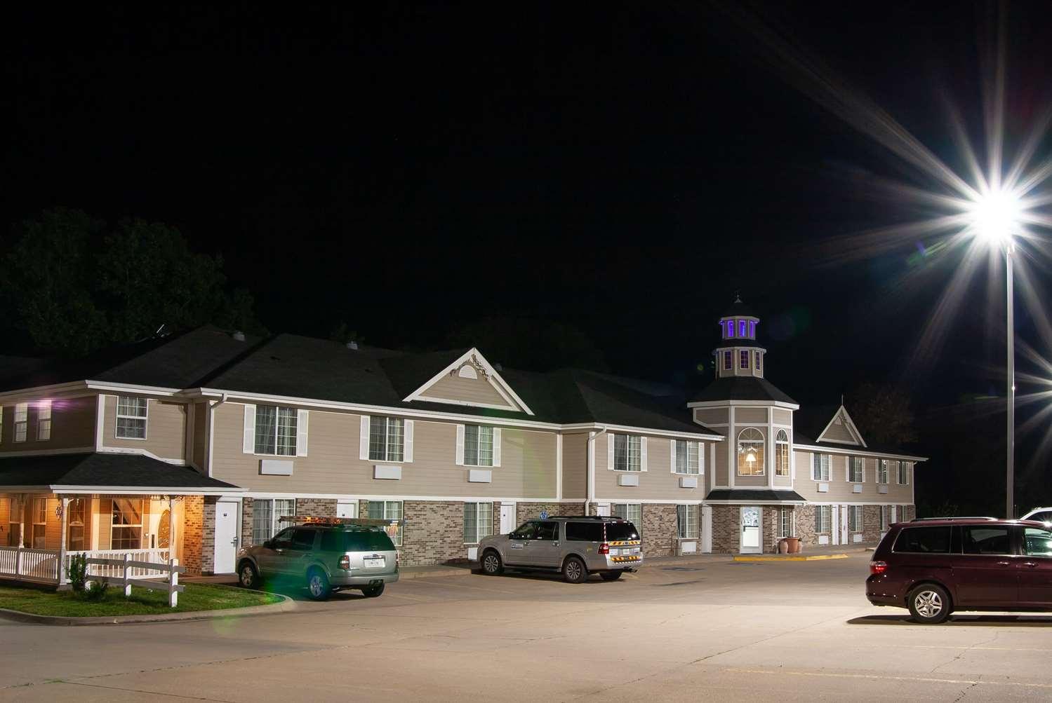 Exterior view - Super 8 Hotel Arkansas City