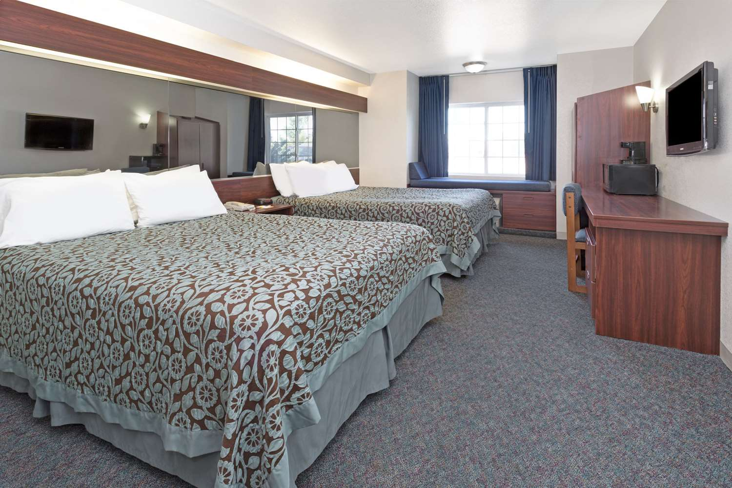 Room - Days Inn Greeley