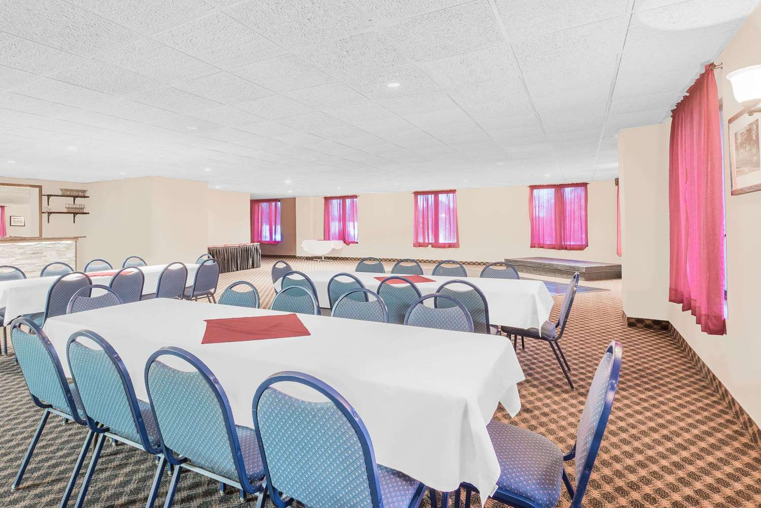 Meeting Facilities - Days Inn Springfield