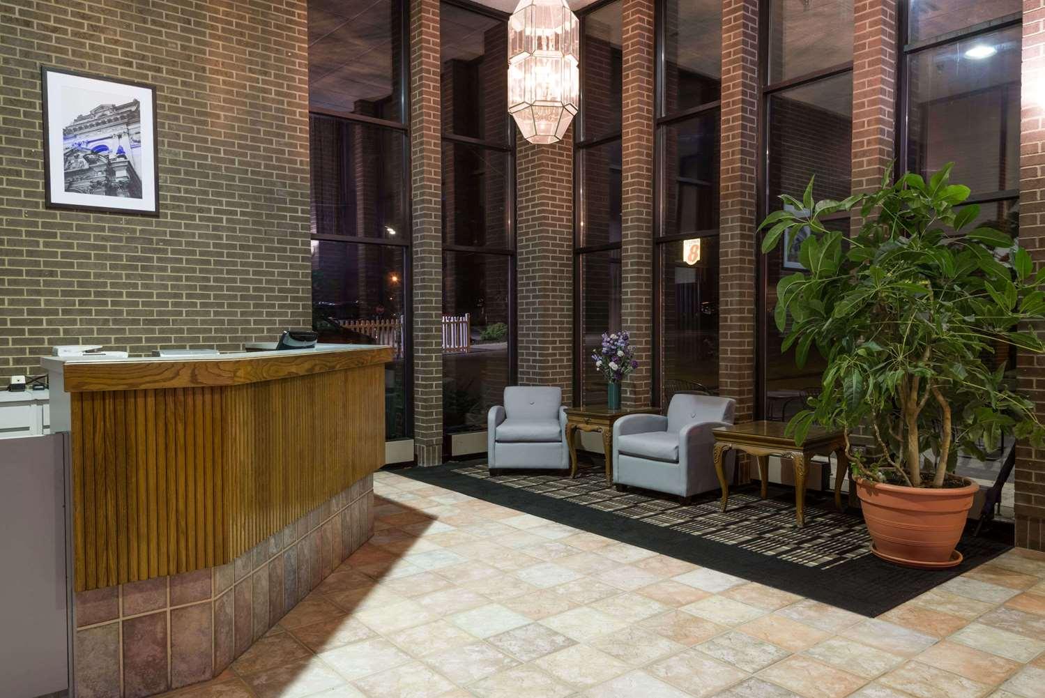 Lobby - Super 8 Hotel Miamisburg