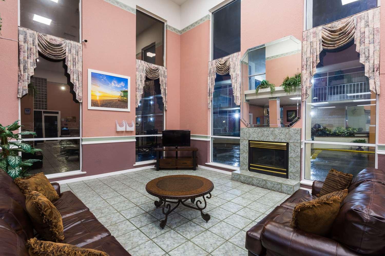 Lobby - Days Inn & Suites Port Richey