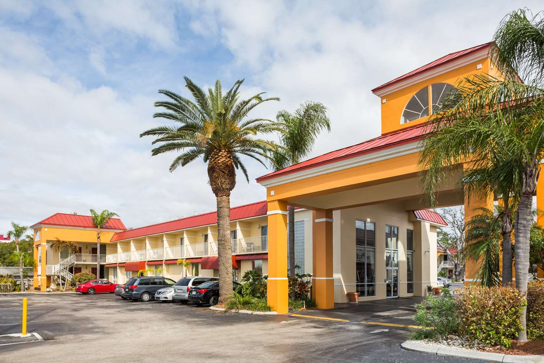 Exterior view - Days Inn & Suites Port Richey