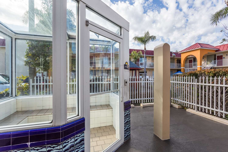 Spa - Days Inn & Suites Port Richey