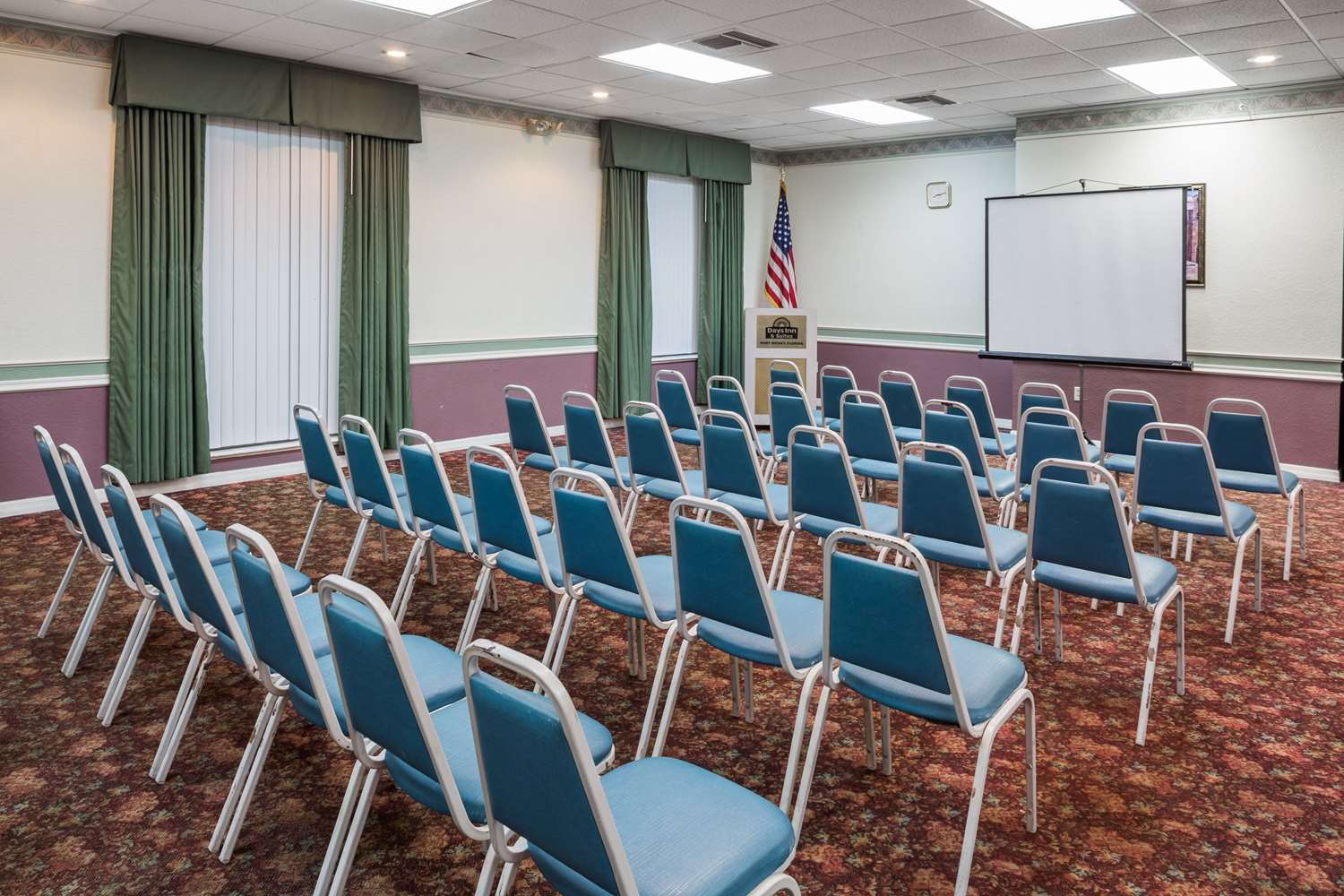 Meeting Facilities - Days Inn & Suites Port Richey