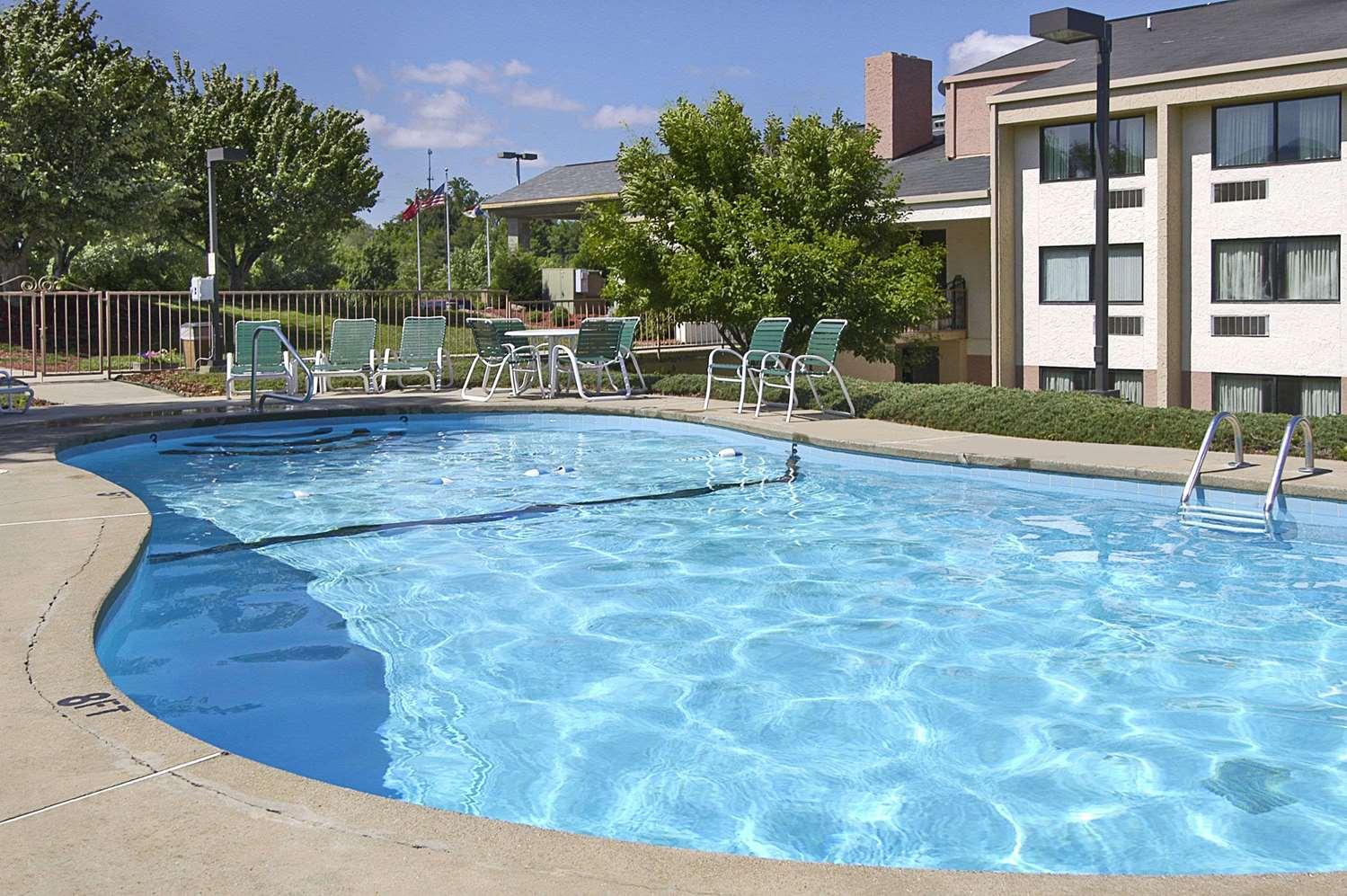 Pool - Ramada Hotel Southeast Asheville