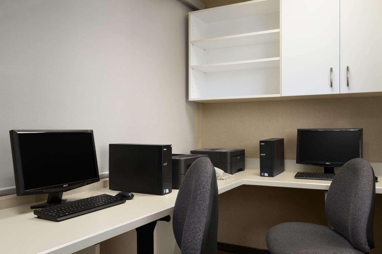 Conference Area - Days Inn University Edmonton