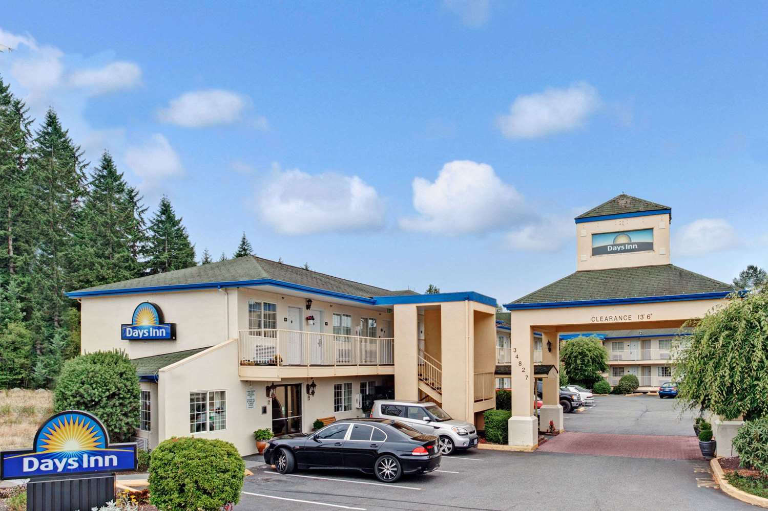 Exterior view - Days Inn Federal Way
