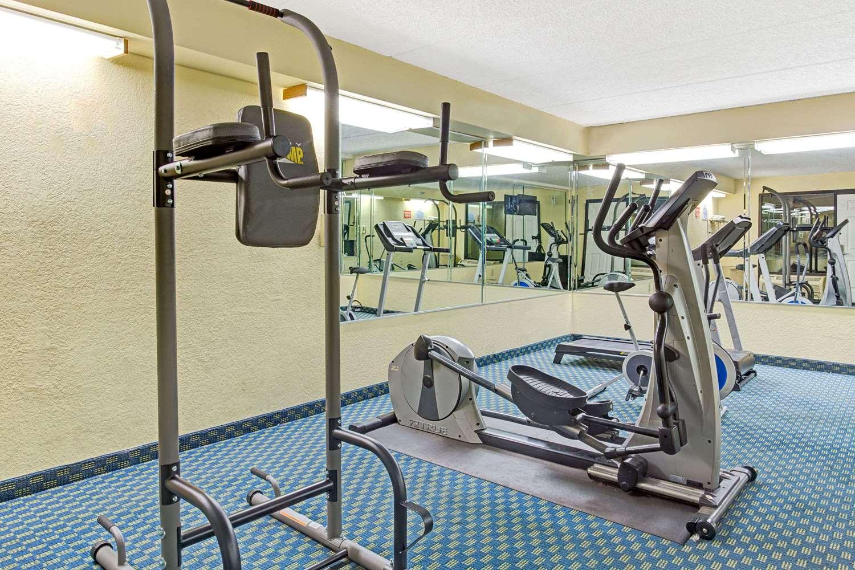 Fitness/ Exercise Room - Baymont Inn & Suites Kissimmee