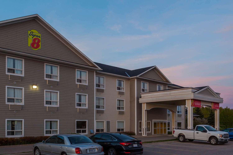 Exterior view - Super 8 Hotel Midland